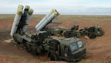 My lo ngai ve su hien dien cua 'rong lua' S-400 o Syria - Anh 1