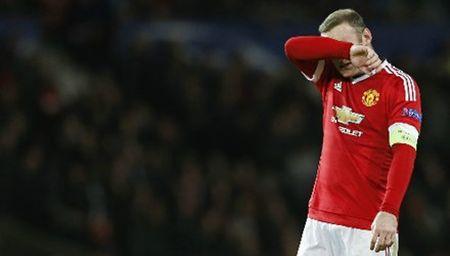Roy Keane che Rooney kem ve moi mat - Anh 1