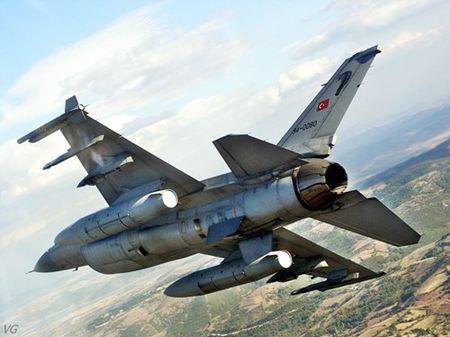 [ANH] Suc manh cua F-16 trong bien che khong quan Tho Nhi Ky - Anh 10