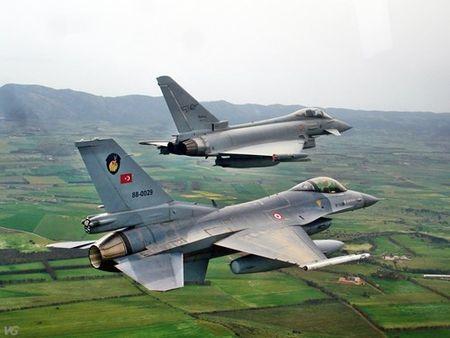 [ANH] Suc manh cua F-16 trong bien che khong quan Tho Nhi Ky - Anh 13