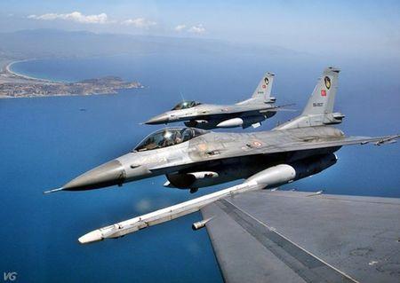 [ANH] Suc manh cua F-16 trong bien che khong quan Tho Nhi Ky - Anh 14
