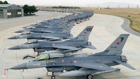 [ANH] Suc manh cua F-16 trong bien che khong quan Tho Nhi Ky - Anh 1