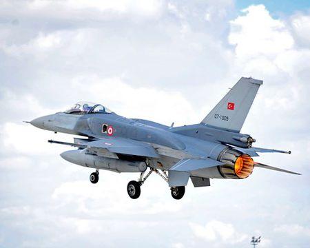 [ANH] Suc manh cua F-16 trong bien che khong quan Tho Nhi Ky - Anh 6