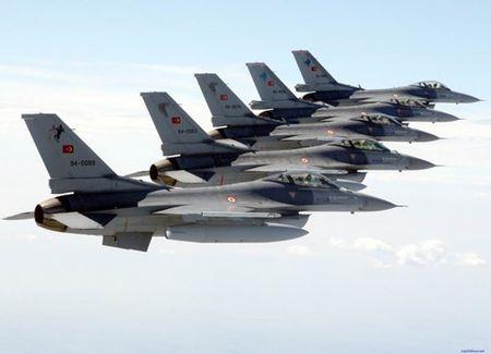 [ANH] Suc manh cua F-16 trong bien che khong quan Tho Nhi Ky - Anh 7