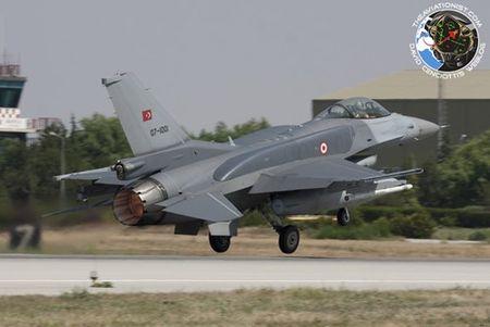 [ANH] Suc manh cua F-16 trong bien che khong quan Tho Nhi Ky - Anh 8