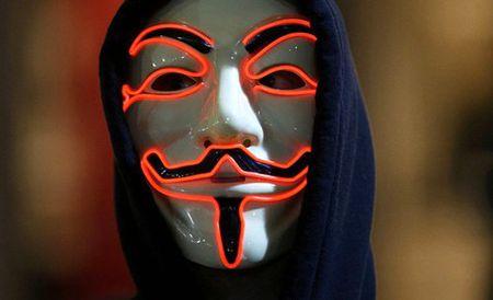 Tai khoan twitter cua Tong thong My co the da bi Anonymous... danh sap - Anh 2