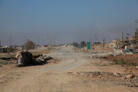 Syria nong bong sau ngay tham hoa Su-24 - Anh 23