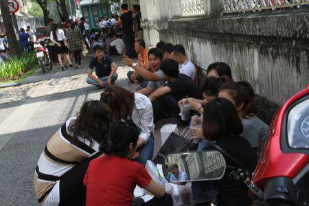 TP Ho Chi Minh: Cam 3 tuyen duong, 2000 nguoi tong duyet chua chay tai trung tam thanh pho - Anh 9