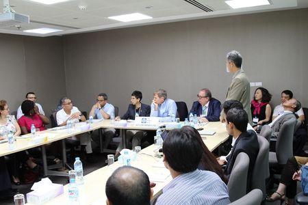 Ban Giam Doc WORLDBANK den tham Nam Long - Anh 1