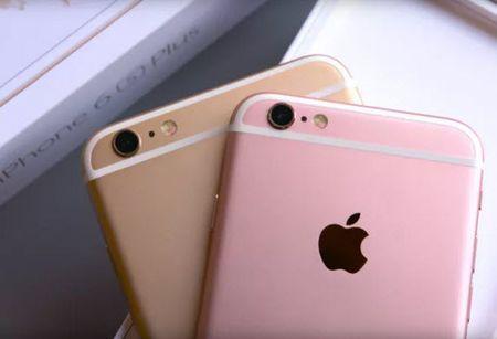 Nuc cuoi: Samsung yeu cau Apple san xuat iPhone co man hinh xin hon - Anh 1