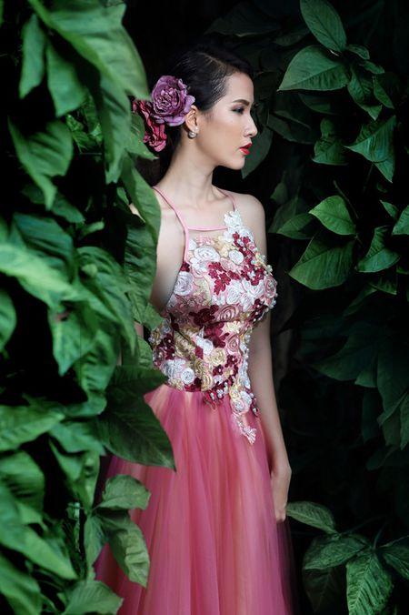 Phan Thi Mo dien dam da hoi goi cam - Anh 7