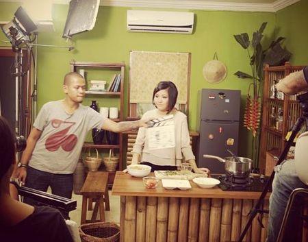 Co gai Da Nang mang hon 200 mon an Viet ra the gioi - Anh 2
