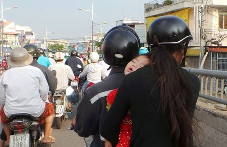 Nguoi dan Sai Gon boi roi vi lenh cam duong - Anh 5