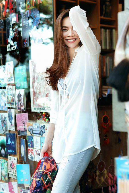 Bi quyet dien trang phuc dao pho dep nhu Ho Ngoc Ha - Anh 6