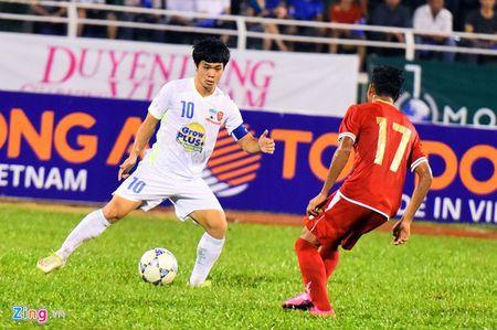 U21 VN vs U21 HAGL: Cuoc chien vi nguoi ham mo - Anh 2