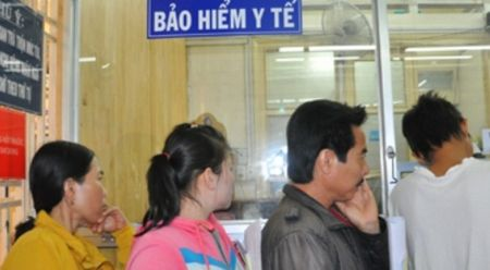 Phat trien chien luoc tai chinh y te huong toi cham soc suc khoe toan dan - Anh 1