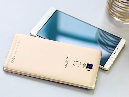 """Dap hop"" smartphone man hinh khong lo cua Oppo - Anh 4"