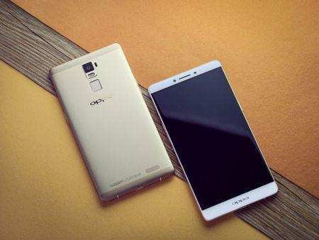 """Dap hop"" smartphone man hinh khong lo cua Oppo - Anh 5"