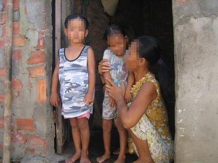 Song ngam chon que: Nhung dua tre u buon - Anh 1