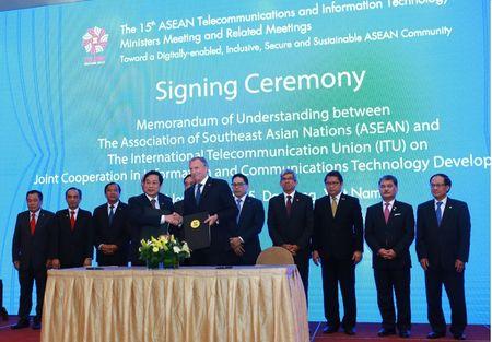 ASEAN va ITU ky ket Ban ghi nho hop tac linh vuc ICT - Anh 1