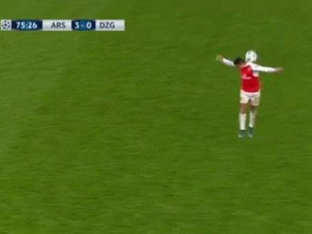 Arsenal: Niem tin tu doi chan Alexis Sanchez - Anh 3