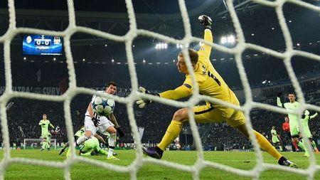 DIEM NHAN Juventus 1-0 Man City: Pogba la su khac biet. City da 'thi truot' o Turin - Anh 2