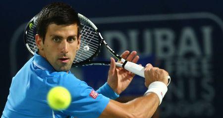 Tiet lo: Djokovic vi dai vi khong... uong bia - Anh 1
