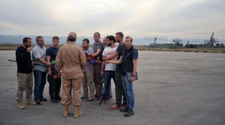 Nga dieu S-400 toi Syria, Tho Nhi Ky dua xe tang ap sat bien gioi - Anh 3