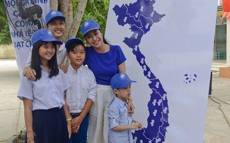 """Oc Thanh Van hoi ngo cung dan dien vien """"Hoa vang co xanh"""" - Anh 3"""
