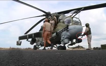 Phi cong Nga trang bi 'tan rang' sau vu ban ha Su-24 - Anh 3