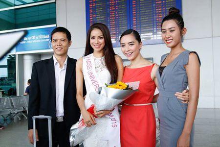 Pham Huong mang 8 va li hanh ly den Hoa hau Hoan vu - Anh 5