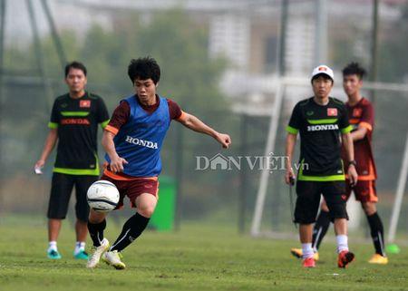 Cong Phuong lap 'hat-trick' trong buoi tap cua U23 Viet Nam - Anh 1