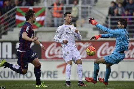 Du doan va nhan dinh tran Cadiz vs Real Madrid, 04h00 ngay 3/12 - Anh 1