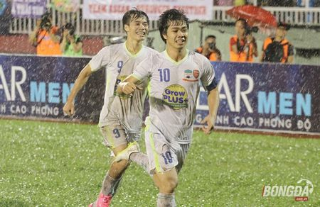 Cau thu Viet Nam sang J-League 2: Dung qua voi mung - Anh 1