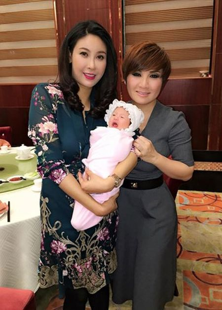 Thanh Thao, Quang Dung mung day thang con gai Ha Kieu Anh - Anh 5