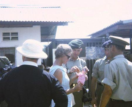 Mien Nam Viet Nam nam 1967 trong anh cua Robert Plumtree (1) - Anh 10