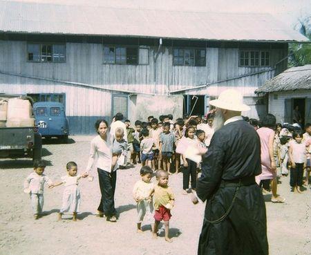 Mien Nam Viet Nam nam 1967 trong anh cua Robert Plumtree (1) - Anh 8