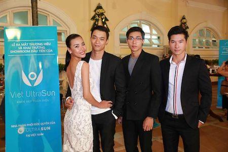 Thu Thuy khoe vong mot tao bao - Anh 5