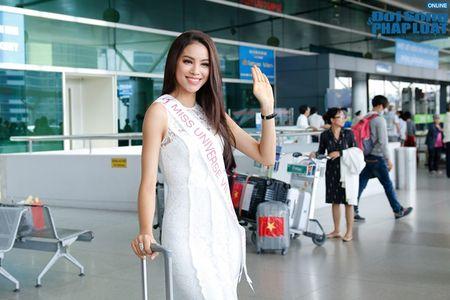 Pham Huong xinh dep rang ro len duong di thi Hoa hau Hoan vu 2015 - Anh 4