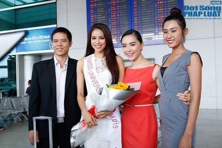 Pham Huong xinh dep rang ro len duong di thi Hoa hau Hoan vu 2015 - Anh 6