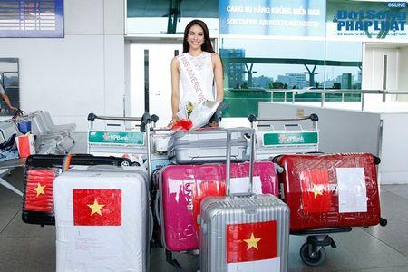 Pham Huong xinh dep rang ro len duong di thi Hoa hau Hoan vu 2015 - Anh 7