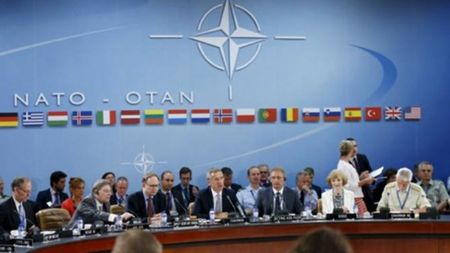 NATO khang dinh tinh than doan ket voi Tho Nhi Ky - Anh 1