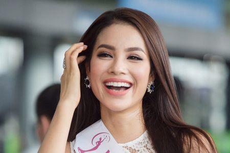 Pham Huong dep rang ngoi truoc gio sang My - Anh 1