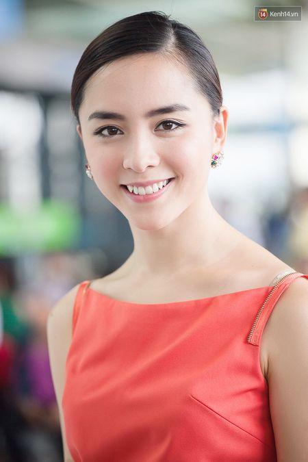 Pham Huong dep rang ngoi truoc gio sang My - Anh 7