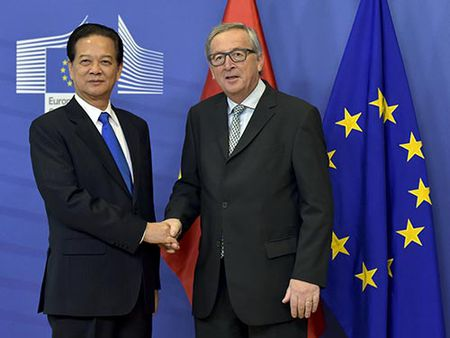 Viet Nam - EU: Thoi khac lich su - Anh 1