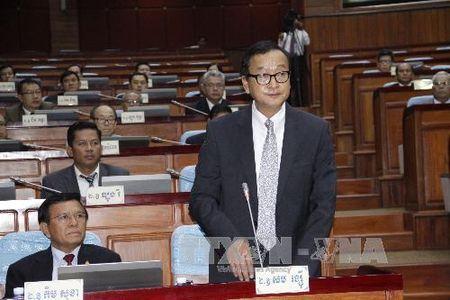 Toa trieu tap ong Sam Rainsy vi toi xuc pham Chu tich Quoc hoi - Anh 1