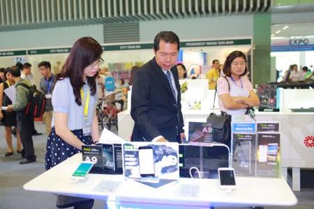 Vietnam EXPO 2015 va Vietnam Cycle 2015 nhieu diem moi - Anh 1
