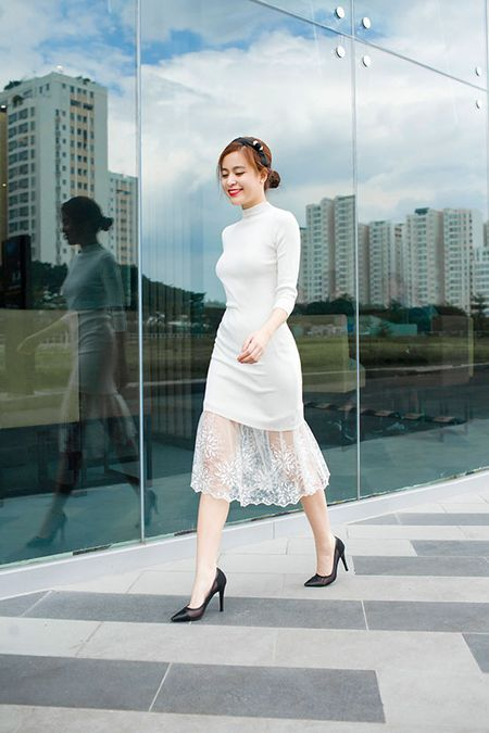 Hoang Thuy Linh khoe street style dep khong can dat - Anh 1