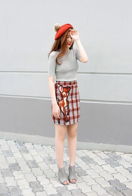 Hoang Thuy Linh khoe street style dep khong can dat - Anh 4