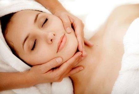 2 cach massage don gian nhung thay doi toan bo da mat ban - Anh 1
